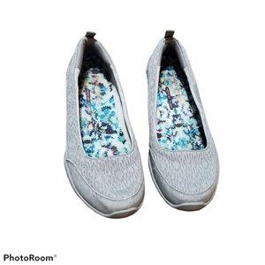 Skechers memory foam relaxed fit flat shoes size 7